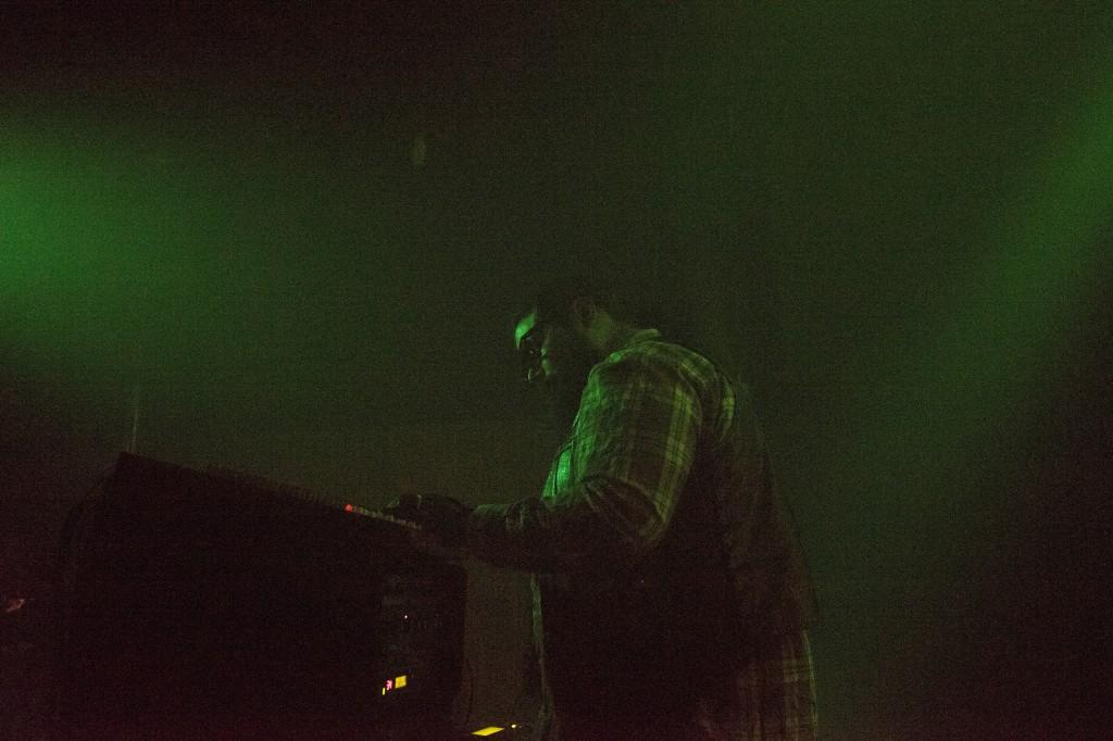 2014-11-16-hive-mind-1-photoby-john-wiese